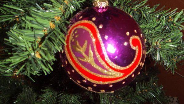 Jolie Boule de Noël(violette)